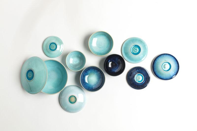 Kunsthandwerk: Keramik in mintblau