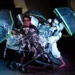 Room Service Performance: Künstler im Einkaufwagen